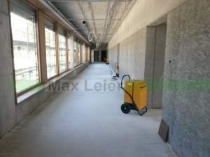 Bautrocknung-Schule-Neubau-Fenster-beschlagen-Kisslegg